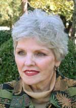 Linda Banister - voice (mezzo soprano)